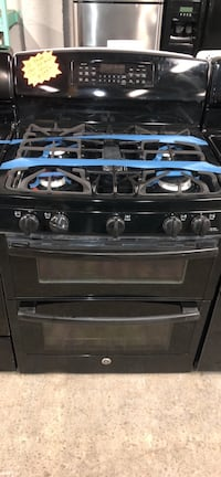GE double oven gas stove  Baltimore, 21223
