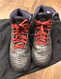 Adidas D Rose 3.5 Metal Colorway. Size 11. 9/10 Condition Surrey, V3S