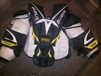 Goalie Chest Protector Senior Medium  Aurora, L4G 7N8