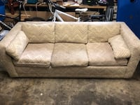 Couch with pull out bed 2284 mi
