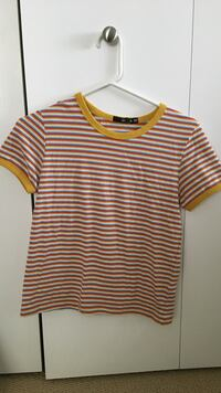blue red yellow and white stripe scoop neck shirt Victoria, V8S