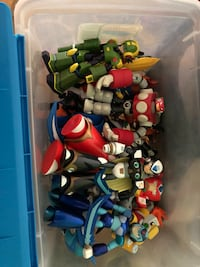 Megaman X and battle network figures Kennesaw, 30152