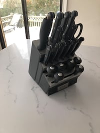 Black and silver knife set