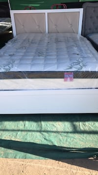 Mattress and frame queen size Bakersfield, 93307