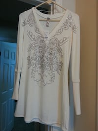 S-twelve cream sequined soft knit tunic. size s