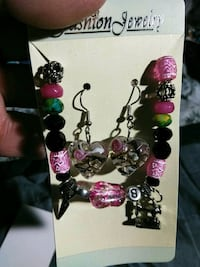 black and pink beaded necklace Stockton, 95204
