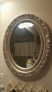 Oval ornate silver mirror Nashville, 37208
