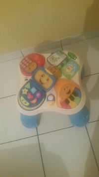 table d'apprentissage Fisher-Price blanche et bleue null