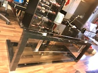 TV stand - Glass Vancouver, V5M 2A4