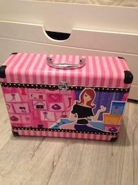 Barbie case or makeup case Canyon Country, 91390