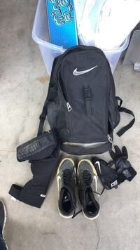 Softball bag. Cleats sz 8 gloves and knee  Toms River, 08755
