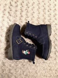 """Boys Polo boots paid $95 size 2 """"Leon"""" Navy blue with leon embroidery"""