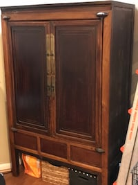 Antique cabinet Bristow
