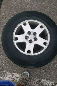 4 Ford - Escape - 2005 rims  Toronto