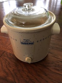 white and gray Rival Crock-Pot slow cooker Woodbridge, 22193