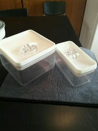 Kitchen containers Langley
