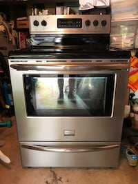Stainless steel induction range oven Herndon, 20171