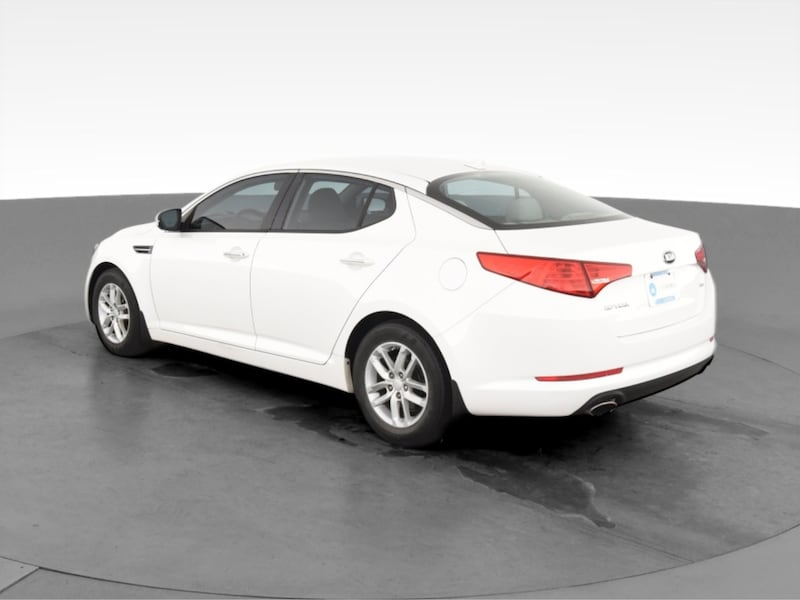 2013 Kia Optima sedan LX Sedan 4D White  866b9a94-3052-4cdd-a2f0-77891c890d8a