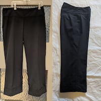 Pull up no zipper Black capris from Ricky's size 0 fits like size 2-4