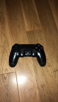 black Sony PS4 dualshock controller Dartmouth, B2W 5A9