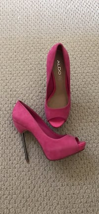NEW. Size 8 also shoe Calgary