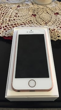 silver iPhone 6 with box Calgary, T2J 0S5