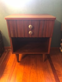Brown wooden 2-drawer nightstand Weymouth, 02189