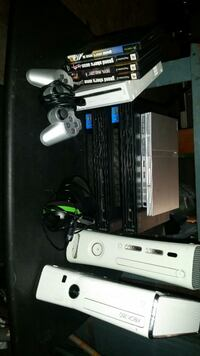 Ps2, Xbox games, controllers +more Rockford, 61101