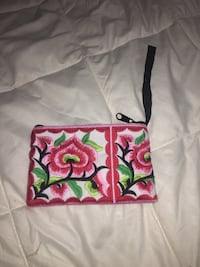Floral small zip up wallet or coin purse  Mary Esther, 32569