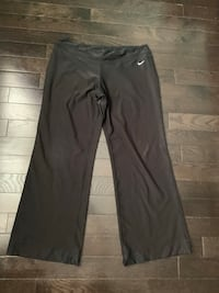 Like new, Ladies Nike Dry Fit 1XL Vaughan, L6A 4L4