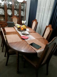 Dining Table with 6 chairs Vancouver, V5R 1W7