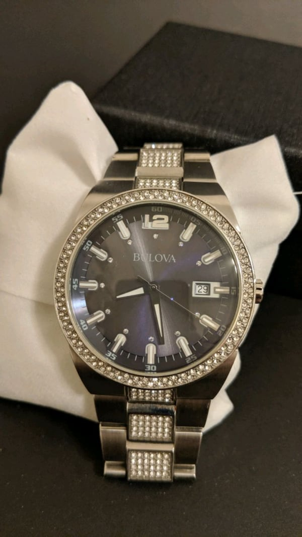 Bulova Men's Crystal Accent Stainless Steel Watch 8be1ef0a-edc9-4013-b714-dcc7ca3548bc