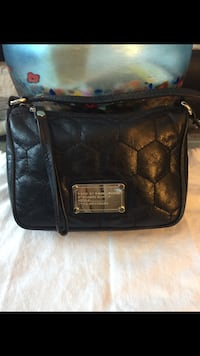 Authentic Marc by Marc Jacobs Quilted Leather Small Shoulder Bag Richmond, V7A 1N5