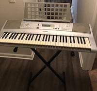 Yamaha Keyboard with stand and music note holder San Jose, 95123