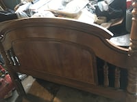 Solid oak head board for a Queen bed Paramount, 90723