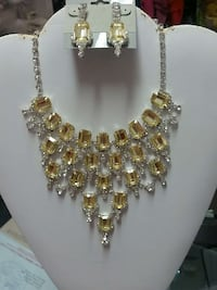silver with yellow gemstone necklace with earrings Wasilla, 99654