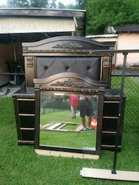 black and brown wooden TV stand Baton Rouge, 70805