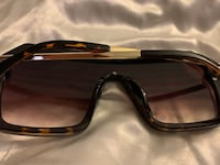Black Fendi sunglasses Lanham, 20706