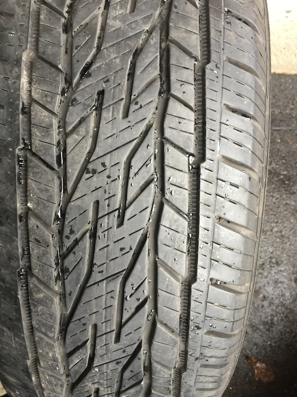 Just only one al season tires size 235/65/17 0