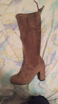 brown suede knee-high boots Vancouver, V6M 2E5
