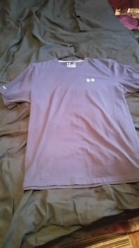 Men's UnderArmour Shirt Winnipeg, R2W 1H6