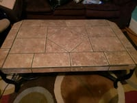 Solid heavy coffee table Lancaster, 43130