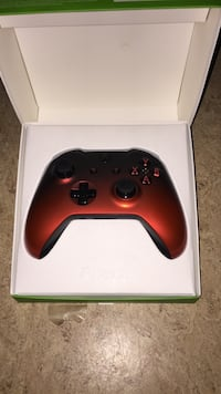 Schwarze xbox one wireless controller in box Regensburg, 93051
