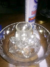 clear glass bowl with lid Des Moines, 98198