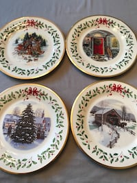 four white-and-blue ceramic decorative plates Brookhaven, 11720