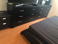 2 black dressers and side table Miami, 33137