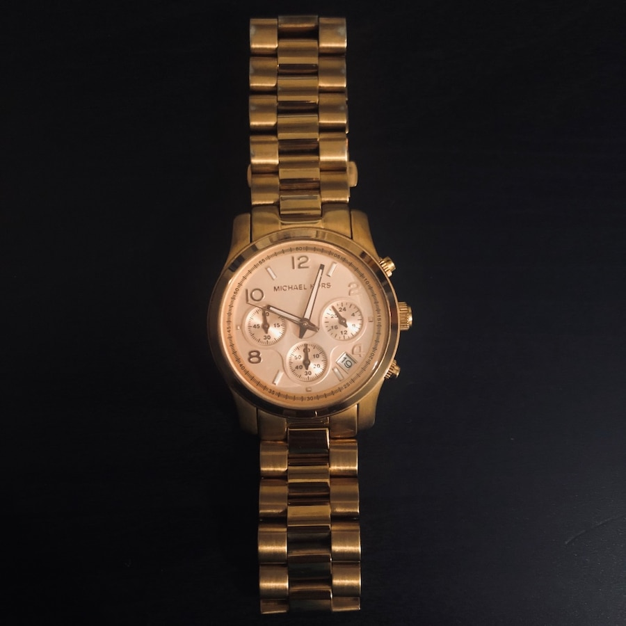 Photo Michael Kors Watch - Rose Gold Tone