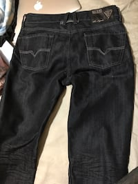 Men's Guess size 30 Kitchener, N2M 3B1