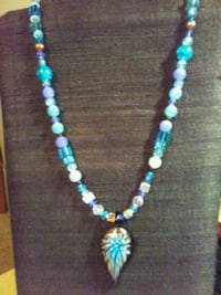 blue and white beaded necklace Corinth, 38834