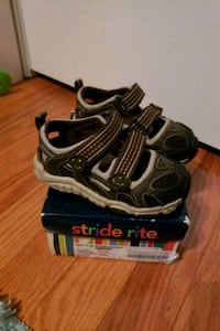 Stride Rite size 6 toddler with box Brampton, L6V 1S8